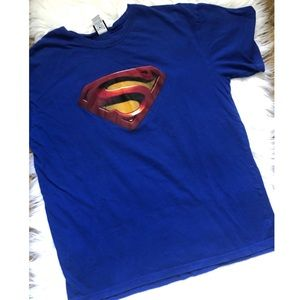 Superman unisex t shirt size large /extra large